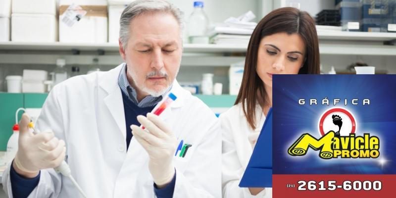 Farmácias avançam com exames de laboratório   Guia da Farmácia   Imã de geladeira e Gráfica Mavicle Promo