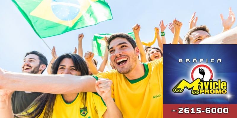 Pague Menos aposta em campanhas regionais   Guia da Farmácia   Imã de geladeira e Gráfica Mavicle Promo