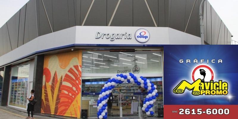 Coop vai investir R$ 650 mil, inaugura a 50ª drogaria   Guia da Farmácia   Imã de geladeira e Gráfica Mavicle Promo
