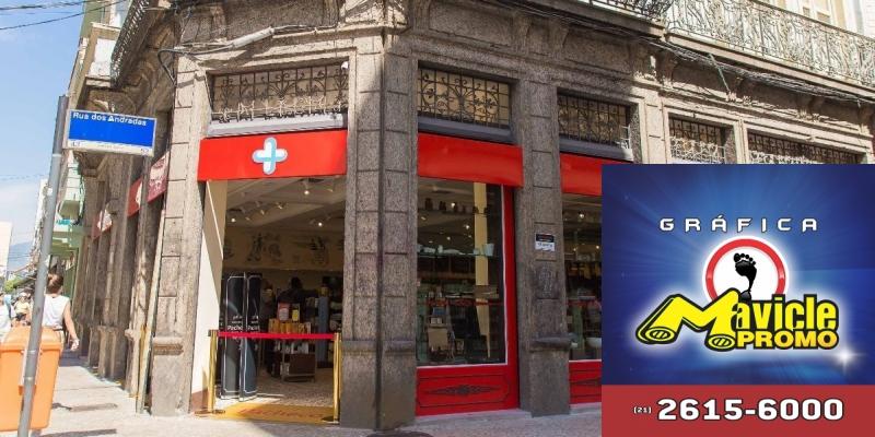 Drogarias Pacheco revitaliza sua 1ª loja que ganha aspecto centenário   Imã de geladeira e Gráfica Mavicle Promo