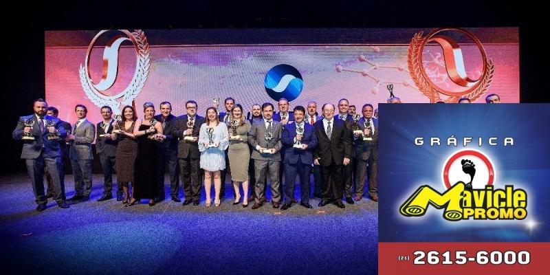 Sindusfarma premia os melhores fornecedores da indústria farmacêutica   Imã de geladeira e Gráfica Mavicle Promo